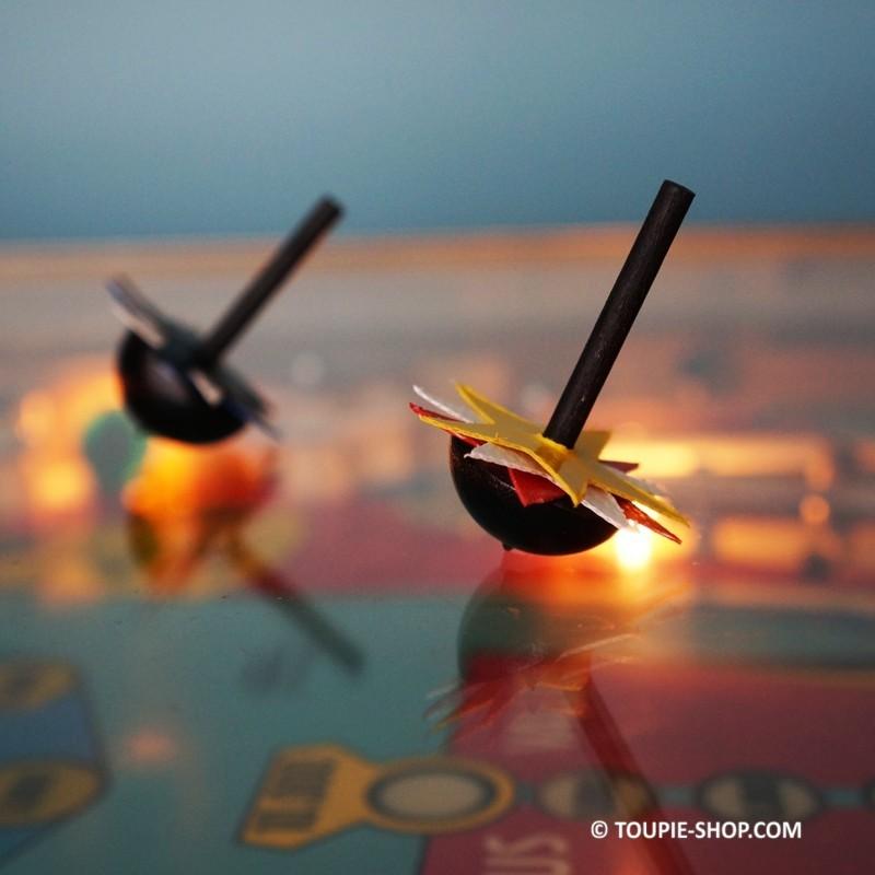 com te s jeux de toupie enfants jouet en bois pas cher jeu de noel. Black Bedroom Furniture Sets. Home Design Ideas