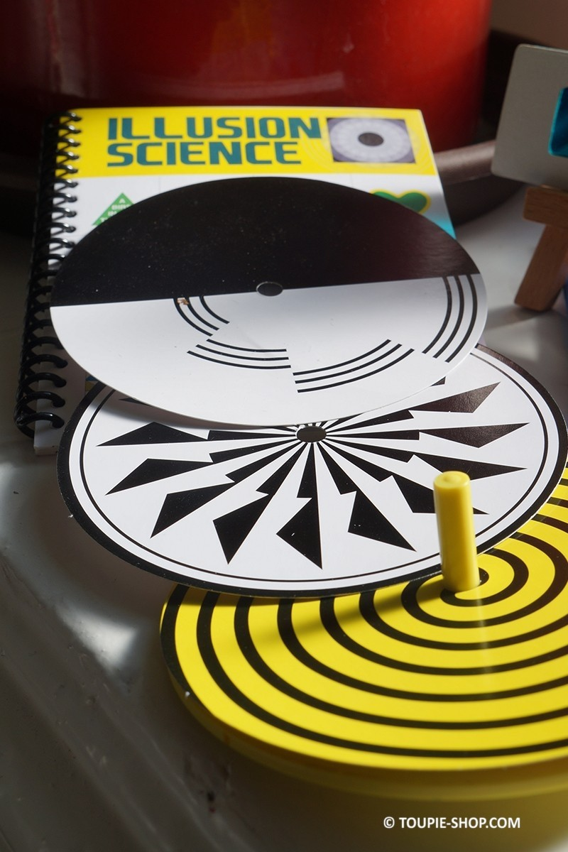 kit jeu toupie illusions optiques jeux ducatifs jouet. Black Bedroom Furniture Sets. Home Design Ideas