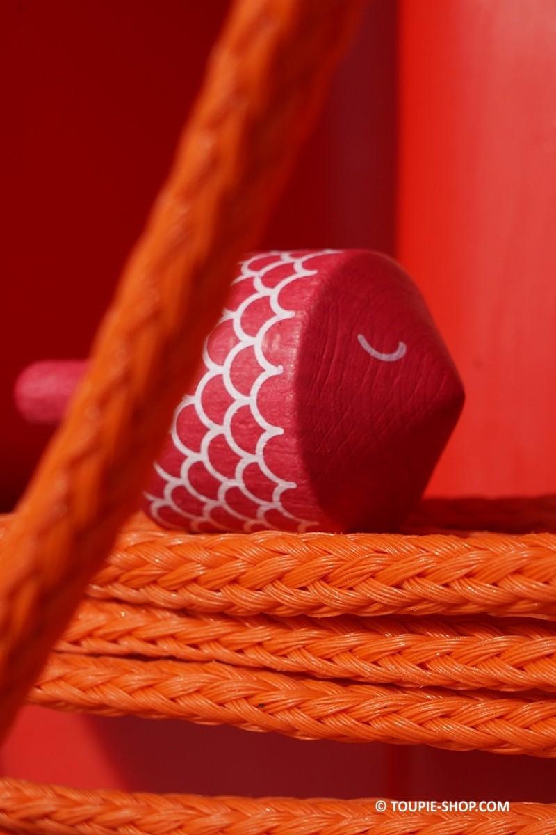 poisson jeux de toupie jouet en bois pas cher toupies. Black Bedroom Furniture Sets. Home Design Ideas