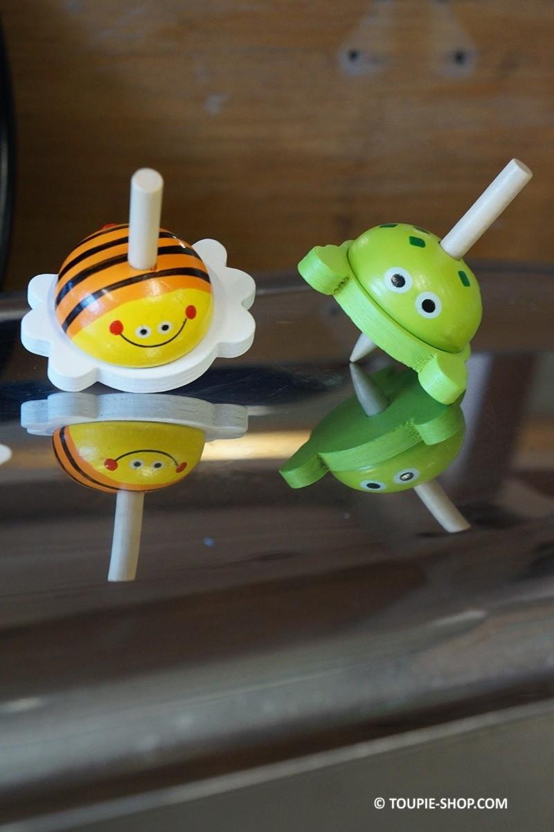 toupie enfant animaux jeux en bois. Black Bedroom Furniture Sets. Home Design Ideas