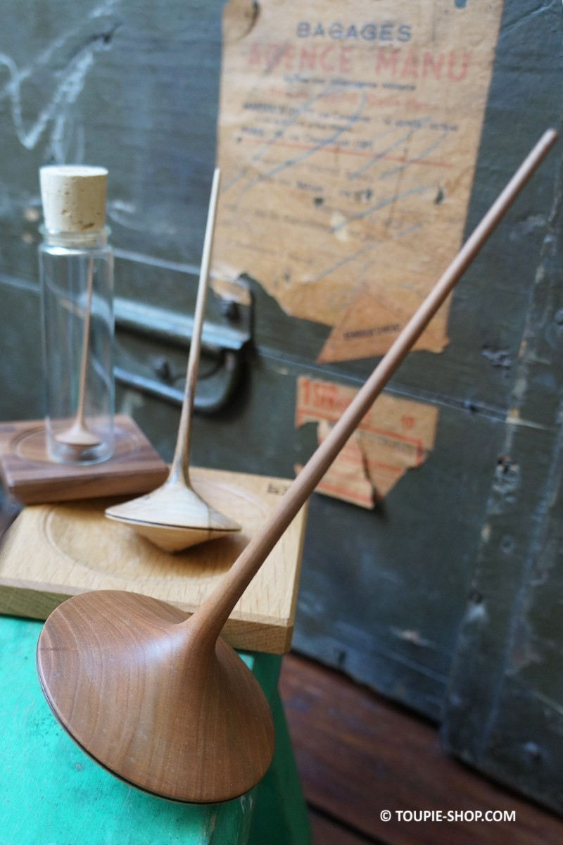 Finesse collection toupies bois artisanal jeux adulte for Fumoir artisanal en bois