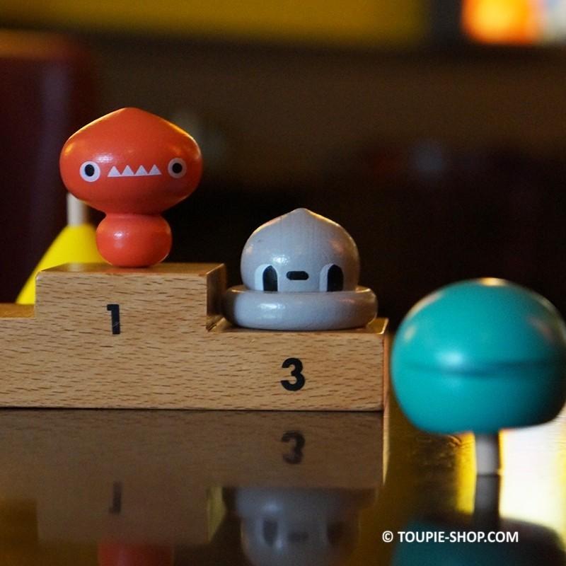 Jeux toupie enfant 5 fantastiques toupies bois jouet cadeau original - Jouet original enfant ...