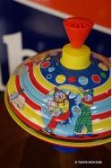 Grande Toupie en Métal Jouet d'Autrefois Jeux de Cirque