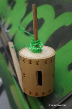 Sirène Jouet en Bois de Bambou Toupie qui Siffle Jeu Traditionnel Toupie Shop Vente en ligne Toupies Magasin Jouets