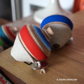 Toupie de Combat en Bois de Hetre Jouet Traditionnel Artisanal Jeux Toupie Shop Magasin Jouets Achat Toupies