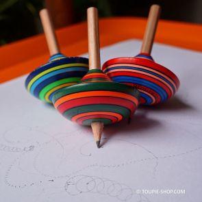 Jeux de Toupie qui Dessine avec Crayon Atelier Creatif Toupie Shop Magasin Jouets en Bois Acheter Toupies Artisanales