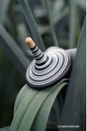Toupie Jouet en Bois au Design Noir&Blanc