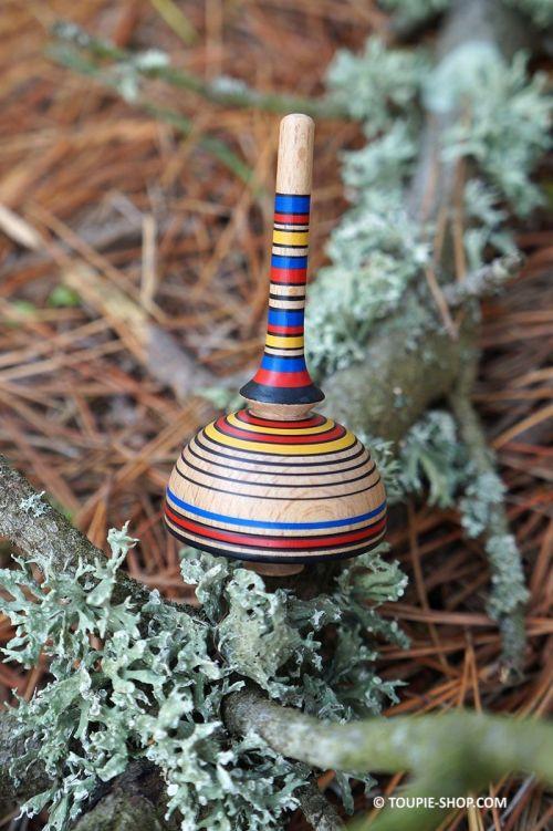 Linea jouet en bois fait main artisanal jeux de collection Toupie Shop magasin jouets toupies cadeau noel pour adulte