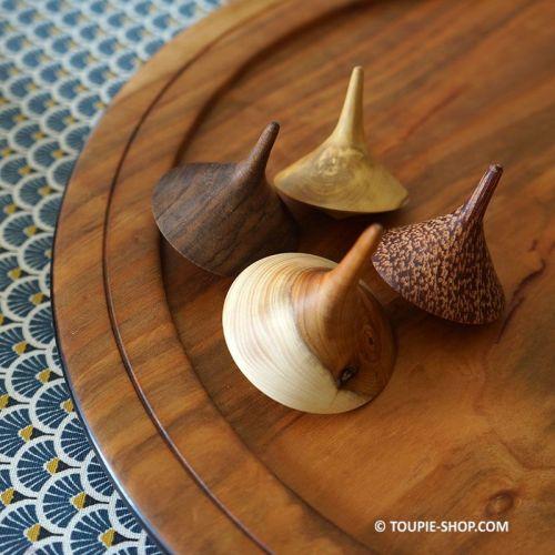 Jeux de Collection Toupies Chapiteau Jouet en Bois Artisanal Fabriqué en France Toupie Shop Magasin Jouets Acheter Toupie