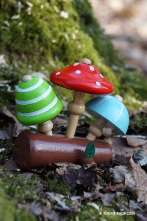 Collection Toupies Champignons et Buche Jouets Bois avec Support Cadeau pour Mycologue Jeu Enfant Toupie Shop Boutique Originale